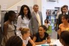 Mme Benguigui, ministre déléguée à la Francophonie, visite le lycée français de Dakar