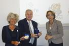 Signature d'une convention de partenariat avec le CLEMI - CNDP