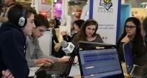 Le stand de l'AEFE à l'ère de la Web radio au Salon européen de l'éducation 2016