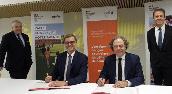 Signature d'un accord-cadre entre le groupe Odyssey et l'AEFE