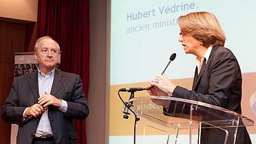 Hubert Védrine et Anne-Marie Descôtes
