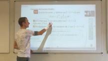 Cours de mathématiques en visioconférence à Dakar