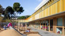 Ouvrage 15 ans d'architecture contemporaine (2005-2020): photo de Barcelone (jeux de cour)