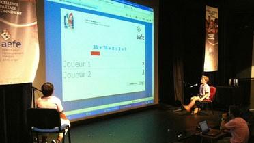 Photo : duel de calcul lors des épreuves finales au lycée de Hong-Kong