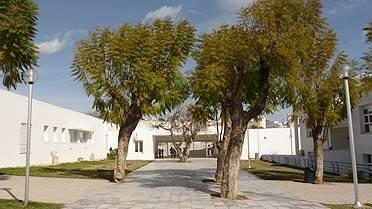 L'école Robert-Desnos de Tunis
